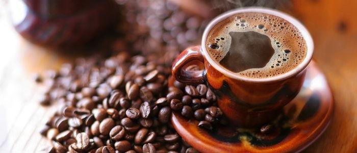 7 alimentos que viciam e fazem voce de refem - Cafeina foto